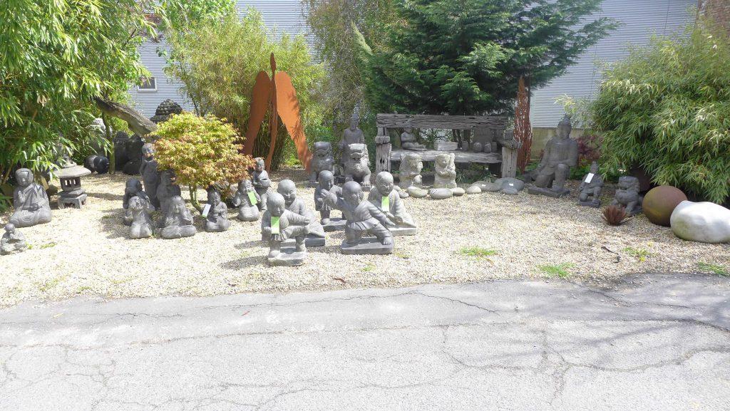 Skulpturen Mönche Garten Kung Fu Mönche