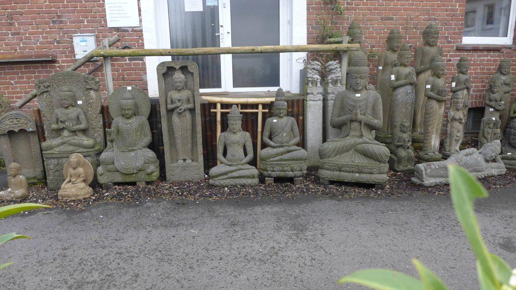 Buddha Skulpturen Sri Dewi